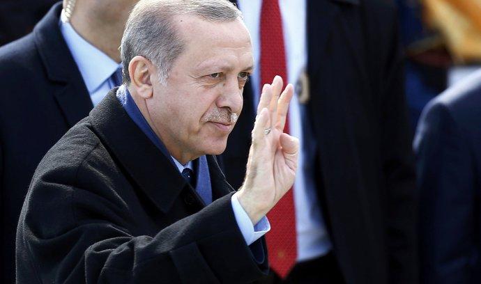 Turecká agitace v Německu bude pokračovat, pokusí se o ní ministři