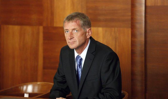 Neslouží mu prý zdraví. Lobbista Janoušek chce prodloužit přerušení trestu za sražení ženy