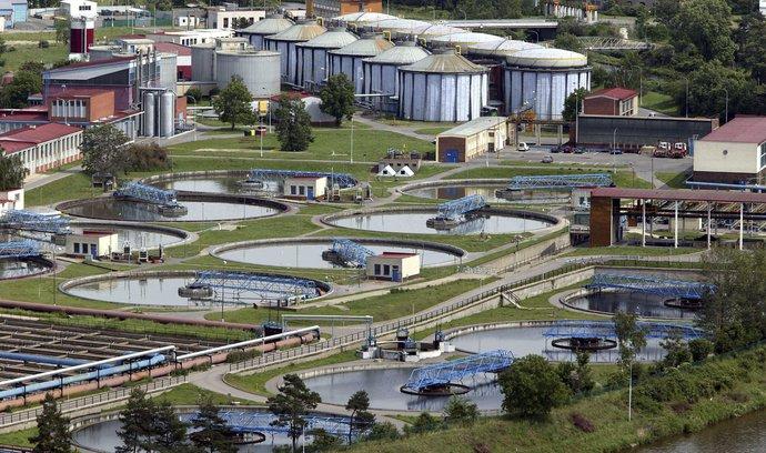 """Hlavní město chce zpět """"nejdůležitější komoditu"""". Radní schválili koupi Pražských vodovodů"""