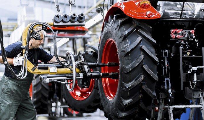 Další zvýšení minimální mzdy poškodí ekonomiku, varují ekonomové