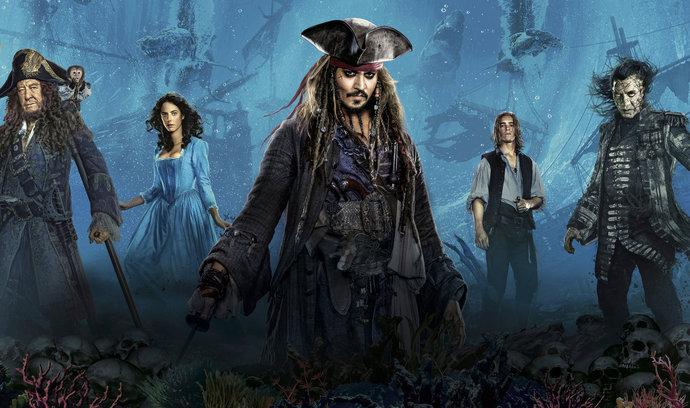 Recenze: Jack Sparrow vyrazil popáté na moře a opět dokázal slušně pobavit