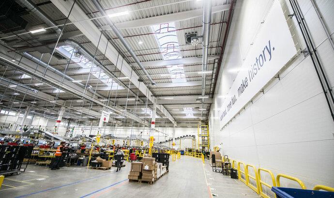 Evropská komise prověřuje fungování e-shopu Amazonu