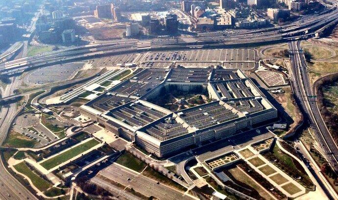 Pentagon v elektronické válce s islamisty zaostává
