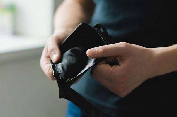 Průzkum: Víc než 40 procent dlužníků neplatí dluhy záměrně
