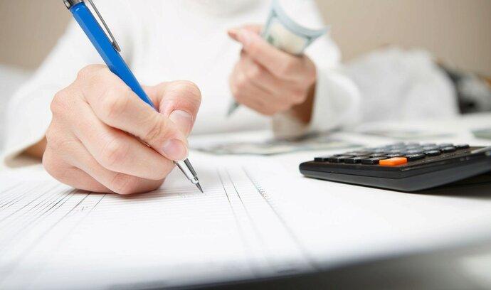 Zájem o hypotéky padá. Sazby jsou stále přikované ke dvěma procentům