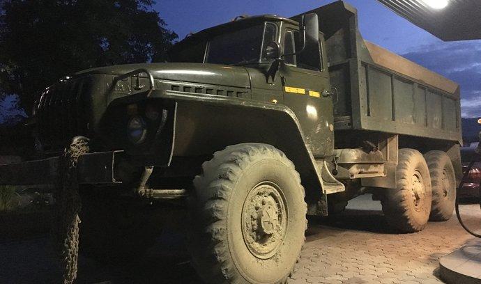 Motoristou na Ukrajině. Podívejte se, co řidiče na tamních silnicích čeká