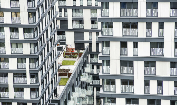 Objem hypoték klesl za rok o více než sedm miliard