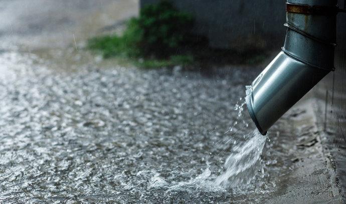 V Česku chybí voda, v boji proti suchu mají pomoci dotační programy. Zjistěte, které to jsou