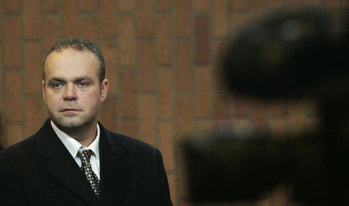 Patnáct let vězení pro Krejčíře. Rozsudek českého soudu už je pravomocný