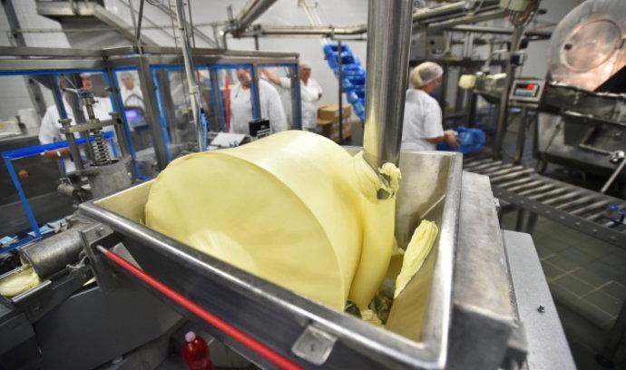 Spotřebitelé nemají nakupovat máslo do zásoby, řekl šéf Potravinářské komory