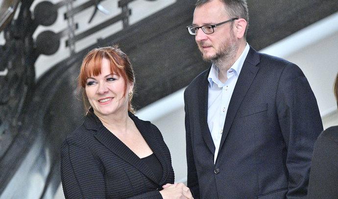 Zprostěte Nečasovou viny, žádá její právník v kauze zneužití zpravodajců
