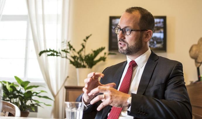Hlasovací mašinerie ANO, Okamury a komunistů ukázala sílu, řekl Farský k nezvolení Fialy do vedení sněmovny