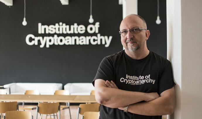Karel Fillner: Bitcoiny si schovejte pod zámek