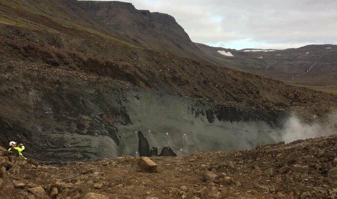 Čeští tuneláři se dali do díla. Podívejte se, jak zahájili ražbu na Islandu