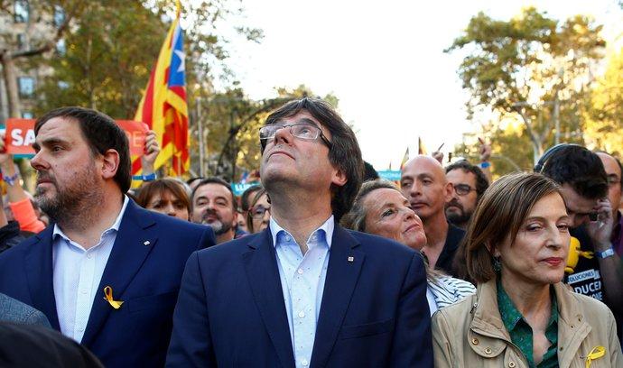Puigdemont vyzval k vytrvalosti a klidu ve snaze o nezávislost, centrální vládě navzdory
