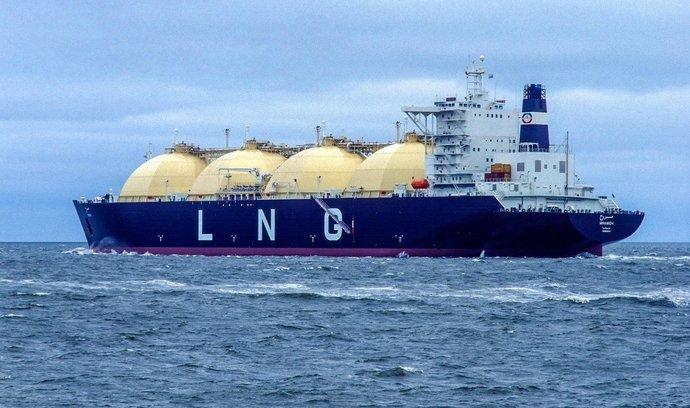Rusko otevřelo závod na LNG za půl bilionu. Zemi má pomoci zdvojnásobit podíl na trhu