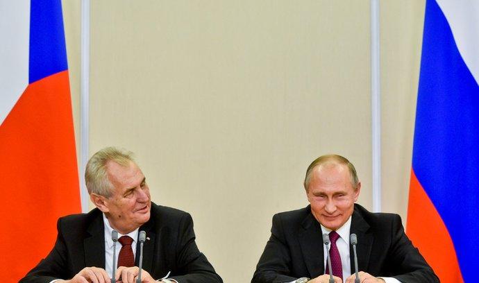 Komentář Michaela Romancova: Když Zeman a Putin mluví stejnou řečí