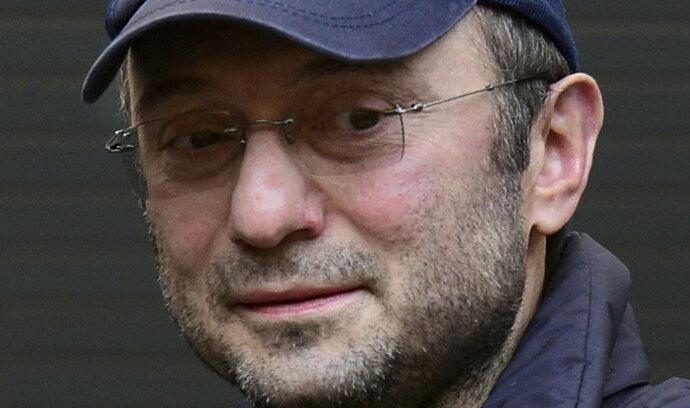 Soud ve Francii obvinil ruského senátora Kerimova. Připravil ji o desítky milionů eur