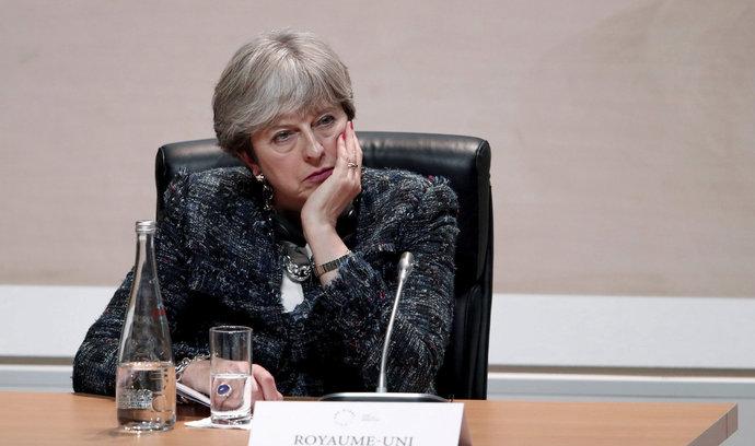 Utajovaná vládní zpráva: brexit dopadne vždy špatně, nehledě na vyjednané podmínky