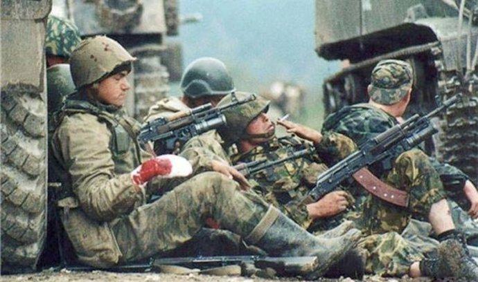 Takhle válčili ruští vojáci v Čečensku za Putinovy vlády. Podívejte se