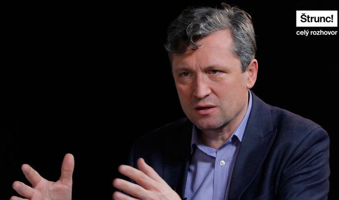 Výsledky prvního kola voleb jsou jasné, říká komentátor Pečinka