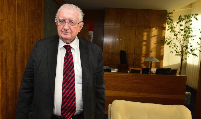 Zemřel bývalý senátor a představitel JZD Slušovice František Čuba