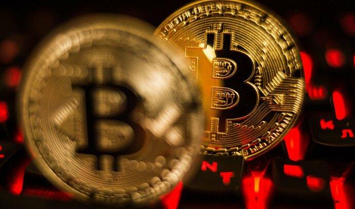 Bitcoin zřejmě čeká nejstrmější týdenní pád od roku 2013
