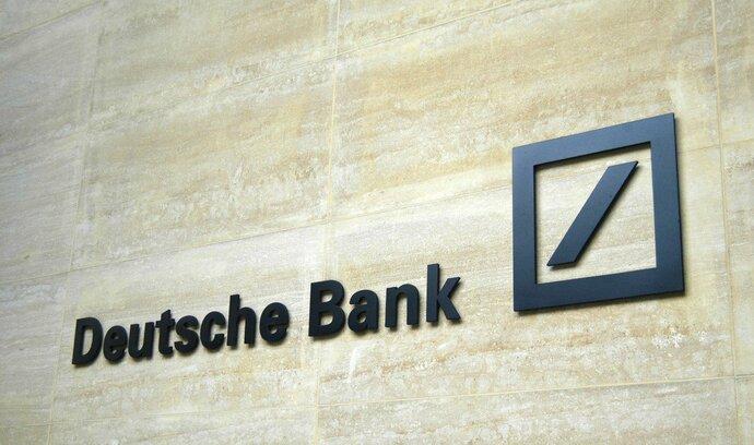 Deutsche Bank dramaticky klesl zisk, firma plánuje propouštění
