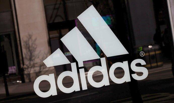 Výrobci sportovního oblečení Adidas stoupl zisk o sedmnáct procent