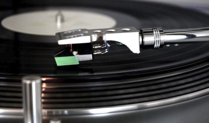 """Nové """"HD"""" vinylové desky přinesou kvalitnější zvuk a více prostoru pro hudbu"""