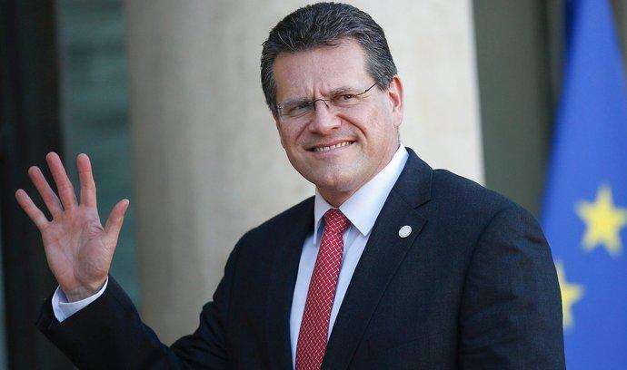 """Země V4 by mohly mít v čele Evropské komise """"svého"""" favorita, kandidovat se chystá Slovák Šefčovič"""