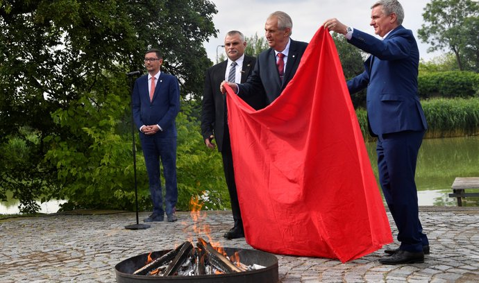 Zápisník Dušana Kütnera: První popová socha
