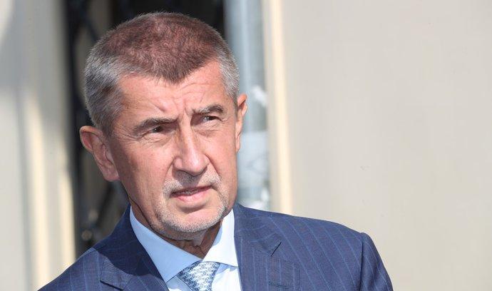 Babiš Zemanovi představil kandidáty za ANO. Vyloučil Koníčka na postu ministra průmyslu