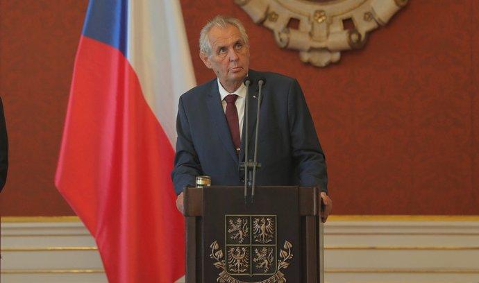 Na seznamu ministrů byl jak Hamáček, tak Poche, tvrdí Zeman