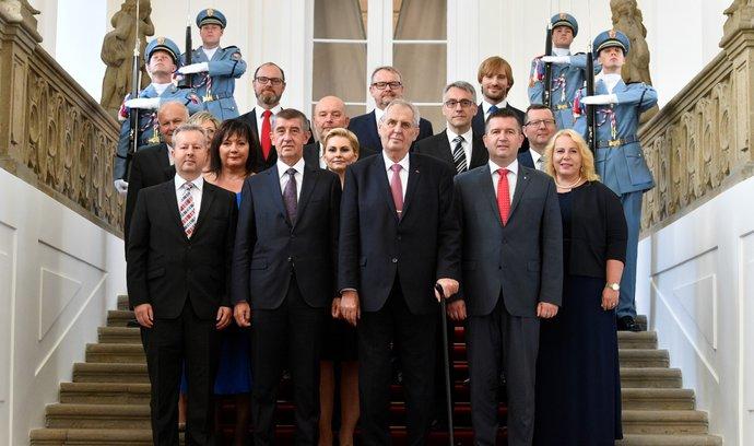 Šest nových tváří Babišovy druhé vlády. Přečtěte si, kdo jsou zač