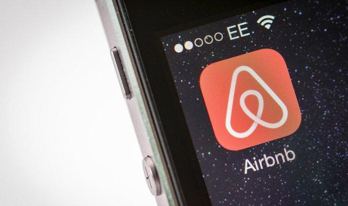 Airbnb v Evropě navzdory regulacím roste. Samotná legislativa k tlumení nestačí, tvrdí analýzy