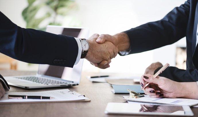 Neztrácejte čas tím, co jiní umí lépe: 3 důvody, proč si firmu koupit, nikoli zakládat