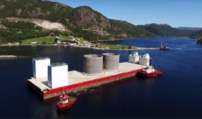 Čechům při stavbě norského mostu pomáhala speciální ponorná loď, podívejte se
