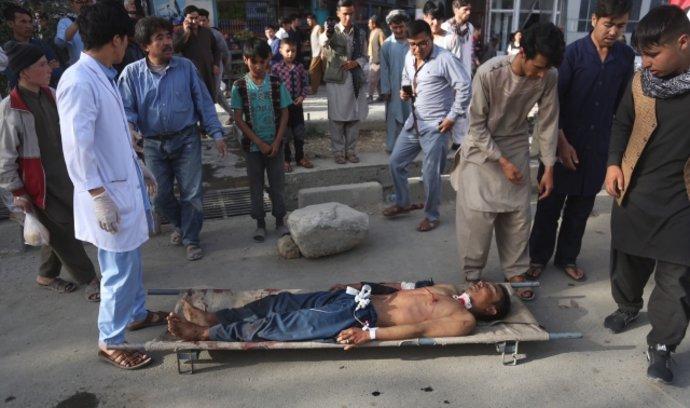 Sebevražedný útok v Kábulu si vyžádal 48 obětí, dalších 67 lidí je zraněných