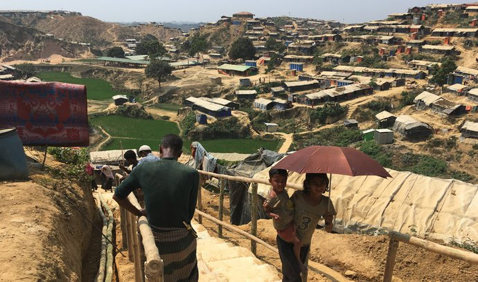 V Bangladéši lidé přijímání uprchlíků nezpochybňují, říká koordinátor Člověka v tísni Pavel Trousil