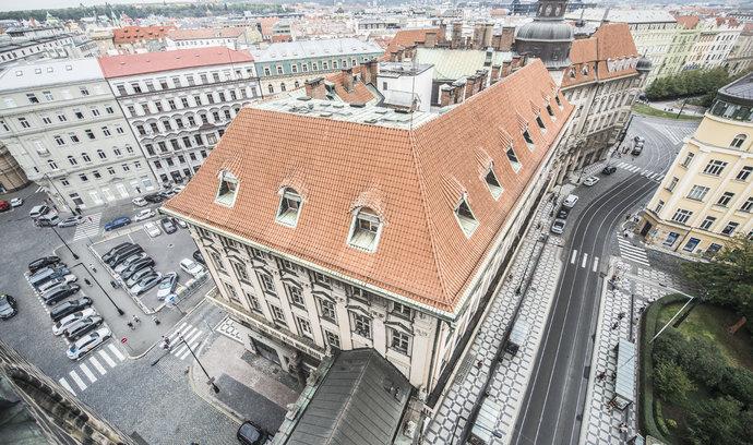 Bývalá centrála IPB v Praze má nového majitele