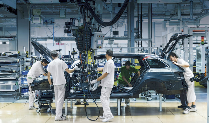 Slabé čtvrtletí pro koncern Volkswagen. Méně vozidel dodala ve třetím kvartálu i Škoda Auto