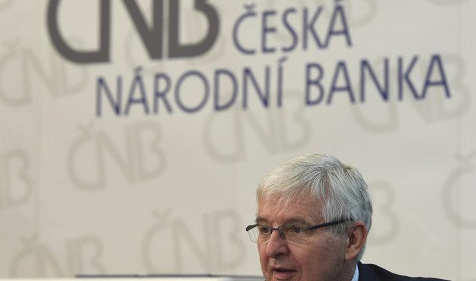 ČNB zhoršila odhad růstu ekonomiky pro letošní i příští rok