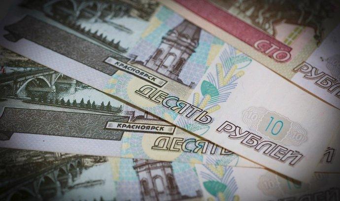 Ruská ekonomika se vrátila k růstu, příští rok ale Moskva čeká zpomalení