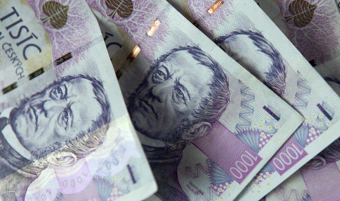 Akcie, měny & názory Tomáše Vlka: Půjčte si, dostanete zaplaceno