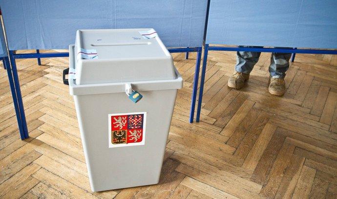 Do roku 2027 půjdou Češi každý rok k volbám. Přečtěte si, o co v nich půjde