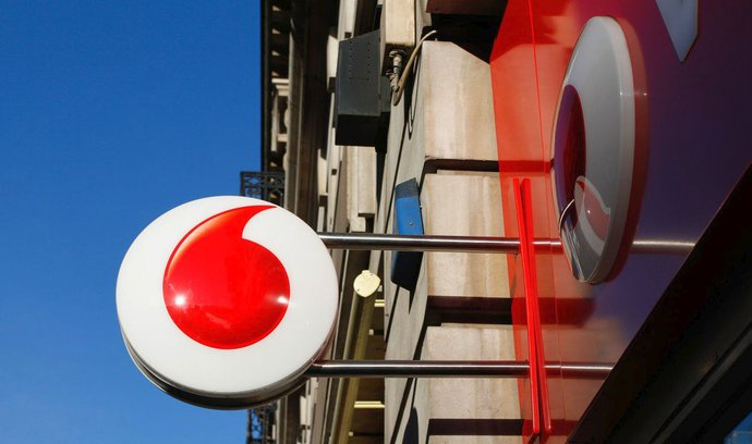 Vodafone má souhlas k dvacetimiliardové akvizici, ovládne i české UPC