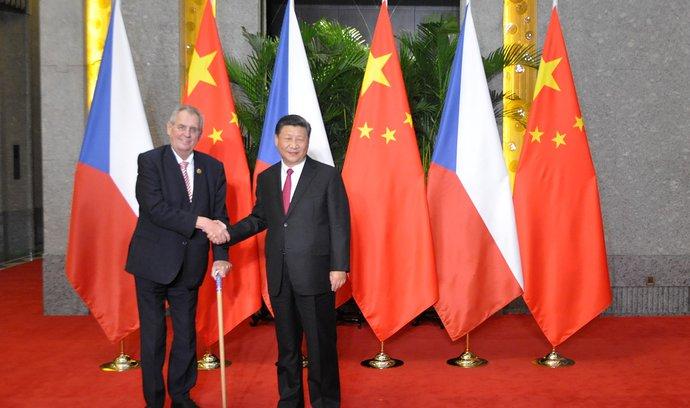 Zeman v Šanghaji vyzval české a čínské podnikatele, aby projevili odvahu