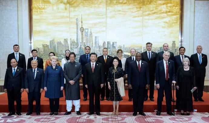 Z cesty do Číny mám velmi dobrý pocit, prohlásil před návratem Zeman. Ocenil ekonomickou spolupráci