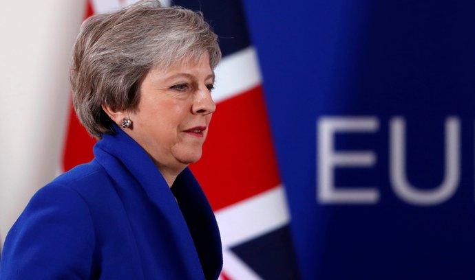 Mayovou čeká nejspíše poslední týden ve funkci, píší britská média